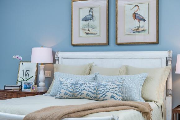 Distinctive Interior Design Tip Decorative Pillows